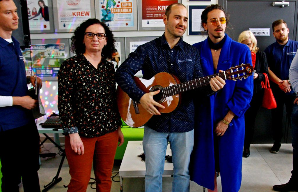 Nauka gry na gitarze chojny